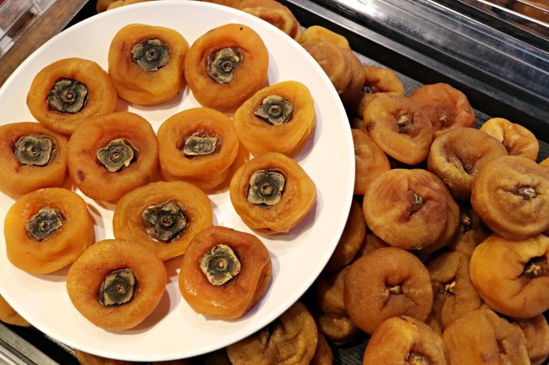 Stone persimmon is a must-try when visit Beipu, a Hakka town in Hsinchu, Taiwan.