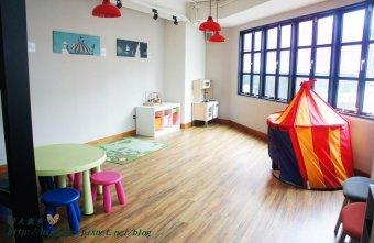 2015 08 19 005653 - 這里Cafe & Restaurant~寬敞舒適義式輕食餐廳,也是親子友善餐廳,二樓有寬敞的兒童遊戲區喔