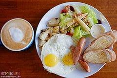 2015 08 24 232729 - 早起的鳥兒們何處去?可以來美式悠閒風的【Eggie早午餐】報到!