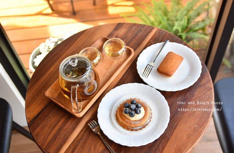 舞森咖啡 新都生態公園旁,只販售咖啡、花茶、甜點的純正甜點店,悠閒用餐環境