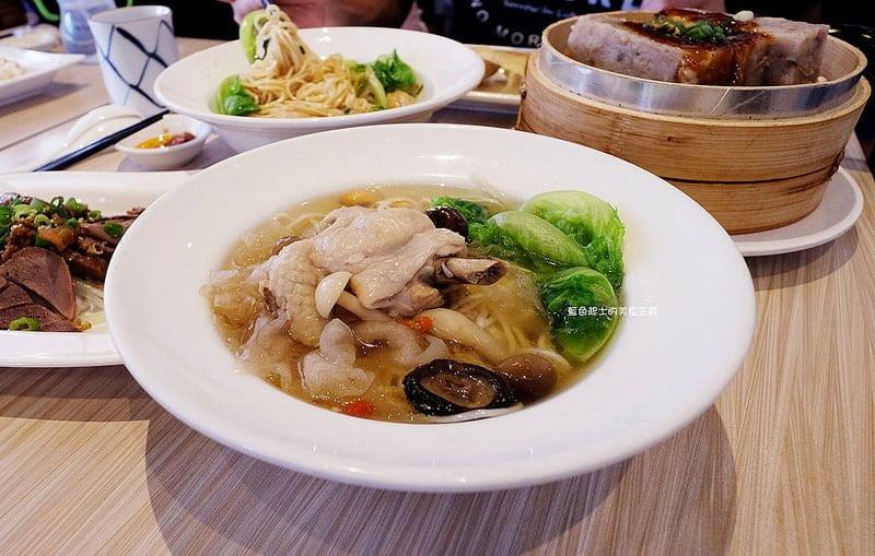 小戶商行-手工現做的誠意.用心吃得出來.中式輕食.北方麵食.廣三sogo商圈美食