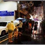熱血採訪║老陳涼麵,逢甲排隊宵夜美食!台北爆紅涼麵來台中了,麻醬+炸醬雙重口感,超狂!