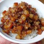 熱血採訪 | 玉堂春魯肉飯。美村路新開幕 文青風的好吃魯肉飯,國民小吃也可以巔覆你的想像力!