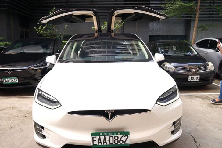 2018 08 30 221556 - 台中特斯拉電動車免費試駕心得│可以自動駕駛、自動倒車入庫真是太扯了