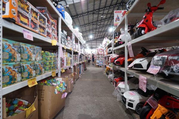 2018 11 14 133651 - 熱血採訪│台中海線最新300坪玩具批發店就在佳昇玩具批發