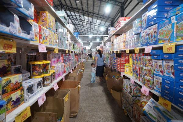 2018 11 14 133701 - 熱血採訪│台中海線最新300坪玩具批發店就在佳昇玩具批發