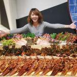 熱血採訪│史上最狂台中龍蝦海,深紅崇德隱藏版,想吃先要有30個朋友!!