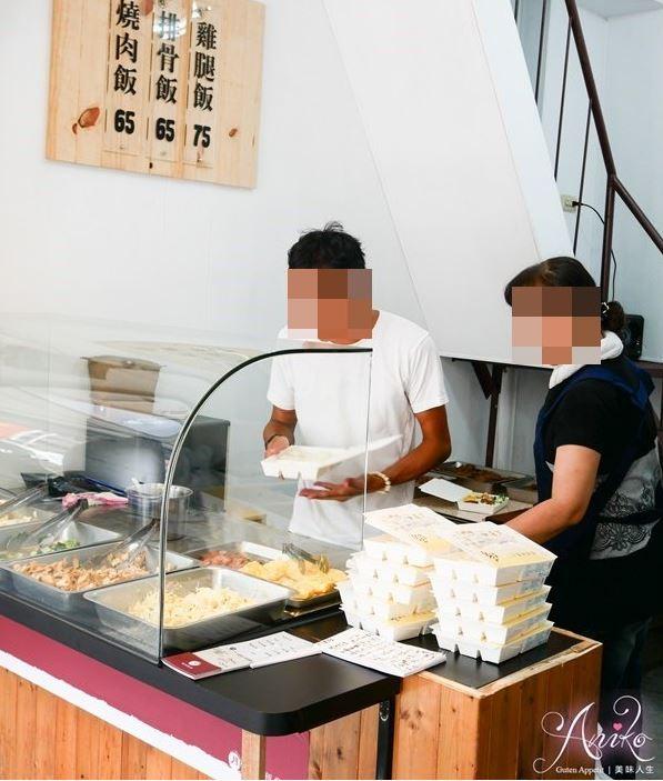 2019 03 27 222224 - 台南民生路便當,月燒肉便當木炭現烤燒肉,配菜多元
