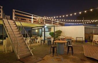 2019 05 01 094038 - Rico Noche cafe,台中最新夜景咖啡廳,貨櫃工業風搭配美麗燈泡好夢幻!