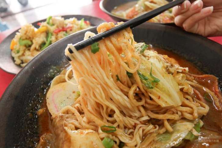 2019 06 06 100435 - 台南東區平價美食可以免費加飯、加麵,價位平易近人、選擇性又多的烘廚