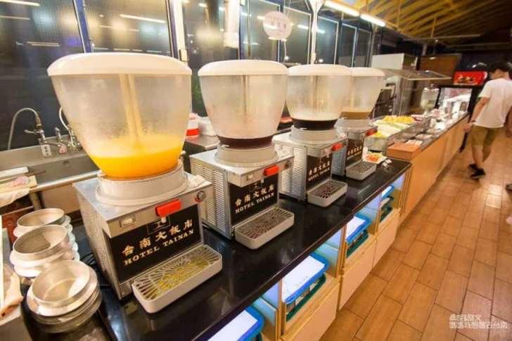 2019 06 17 094328 - 台南歐式自助餐老品牌,聚餐、慶生首選台南大飯店翡翠廳歐式自助餐