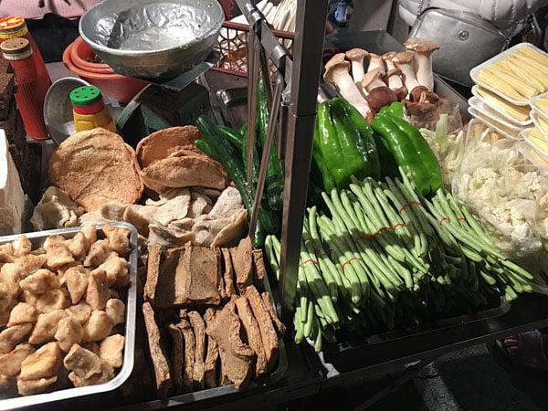2019 10 13 162407 - 台南小北成功夜市,吃味鮮鹽酥雞人潮滿滿超誇張,台南宵夜必吃