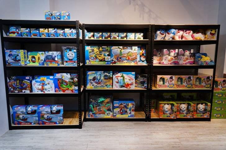 2019 12 13 012758 - 熱血採訪│台中首間包裝NG玩具專賣店新開幕,藏匿在市區地下室的2kids