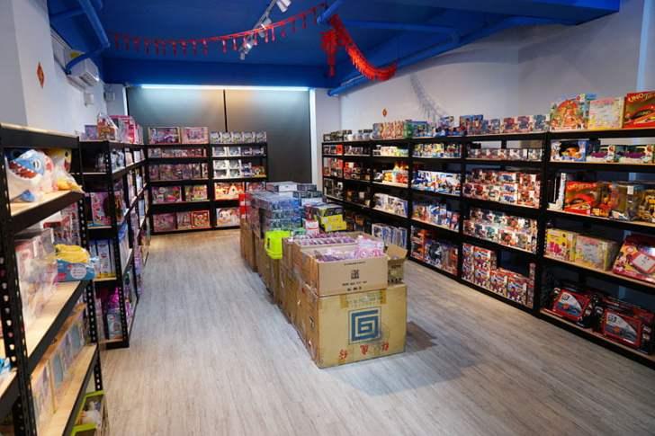 2019 12 13 012803 - 熱血採訪│台中首間包裝NG玩具專賣店新開幕,藏匿在市區地下室的2kids