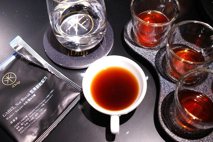2020 01 04 160233 - 熱血採訪│沒預約喝不到!藏在新時代百貨的世界冠軍手沖咖啡,就在iDrip智能手沖咖啡機展銷中心