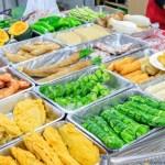 丁記炸粿蚵嗲,古早味炸粿種類超豐富,內用還有豬血湯可以無限喝到飽!