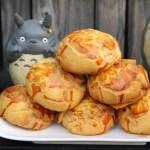 滿屋子都是龍貓的麵包坊,試吃給的超大方,麵包餡料滿滿,激推脆皮菠蘿,口味超多!