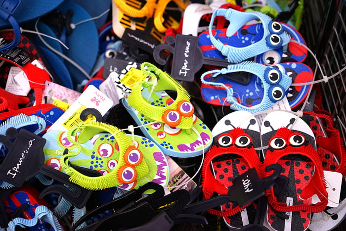 2020 11 05 191628 - 熱血採訪│台中童鞋工廠開倉,只有十天,加1元多1件,錯過只能等明年