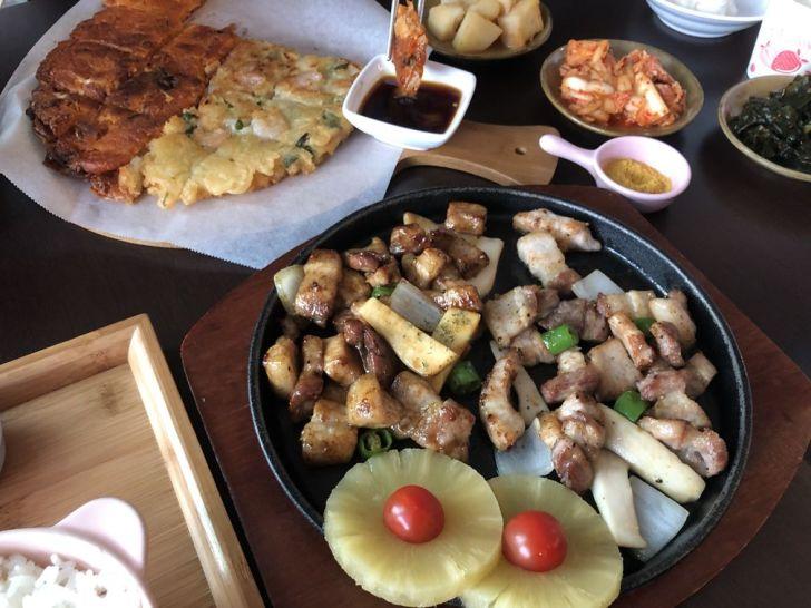 2020 12 21 002226 - 西區韓式料理|道地韓國人開的FASHION PIG 韓式熟成五花肉,總是客滿不訂位吃不到,大推肥而不膩的烤五花肉~