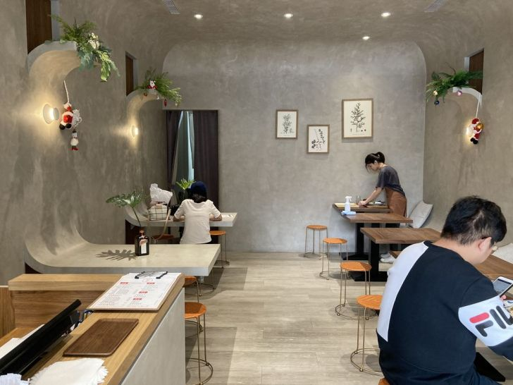 2020 12 31 202825 - 東區咖哩|後火車站美食熬匠 · 醬飯製所,曲牆無直角裝潢好好拍,巧克力咖哩飯你吃過了嗎?