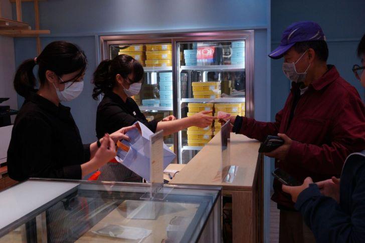 2021 01 20 153305 - 熱血採訪|台南人氣千層甜點狸小路逢甲新開幕!1月限定組合,6吋草莓巧克力蛋糕+長條原味初雪只要450元