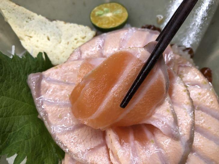 2021 01 31 140137 - 北區丼飯 評價高達4.8星的回 未了日式丼飯,鮭魚玫瑰花丼飯好吸睛,鄰近中國醫~