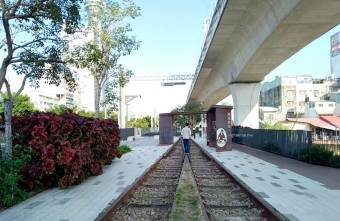 2021 02 04 073521 - 百年歷史台中車站舊鐵道開放,沿著綠川散步舊城區,新舊鐵軌及吊腳樓意象,台中親子免費景點