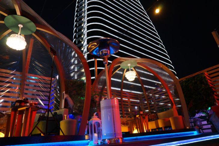 2021 02 27 142828 - 熱血採訪|台中最夯空中夢幻泡泡屋,SOAK Taichung泳池主題派對,下班小酌就約這!