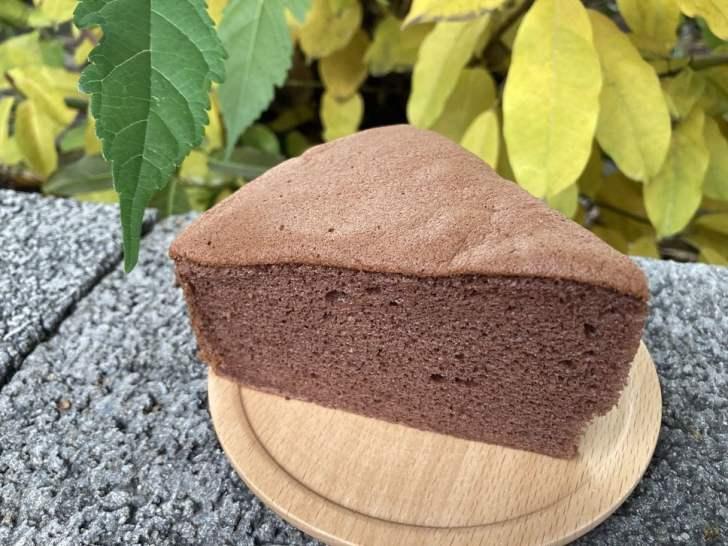 2021 02 28 224934 - 向上市場蛋糕|40年老店滋養蛋糕烘焙坊,巨型蘑菇蛋糕超蓬鬆,整顆、口味混搭都是百元有找