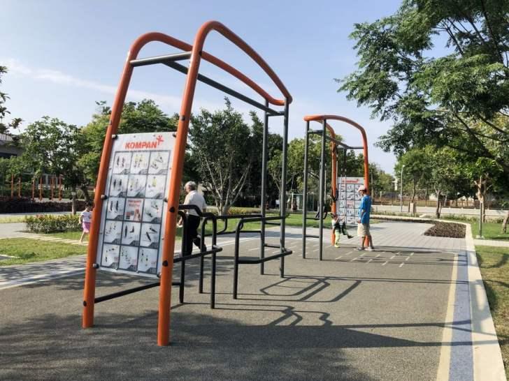 2021 04 17 155515 - 台中又有新公園啦!黎新公園超大圓形攀爬網,還有少見的無障礙盪鞦韆、戶外健身設施