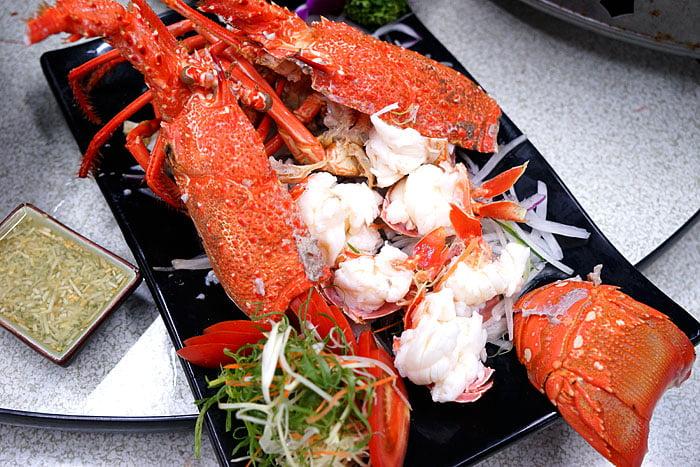 2021 04 22 005439 - 熱血採訪│這間海鮮超多人,厚切生魚片一大盤吃到爽,參加活動30片只要200元超浮誇