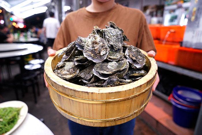 2021 04 22 005444 - 熱血採訪│這間海鮮超多人,厚切生魚片一大盤吃到爽,參加活動30片只要200元超浮誇