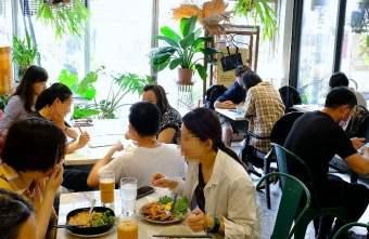 2021 04 28 235119 - 隱身在模範街內的泰式餐館,張波歺室,平價美味用餐時間人潮多