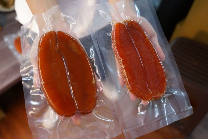 2021 05 23 191038 - 熱血採訪|遇到疫情人力短缺包不出來,台中烏魚子肉粽限量販售,滿單再送野生烏魚子!