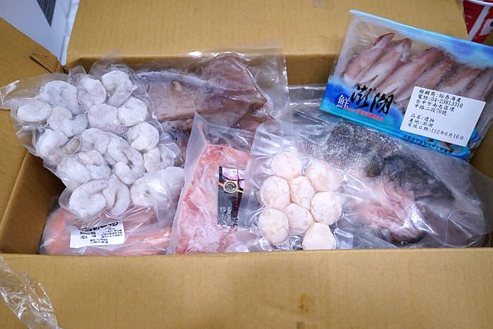 2021 07 08 121850 - 熱血採訪│台中浮誇懶人箱!蝦幫你剝好,澎湖冰卷、鮭魚卵退冰直接吃