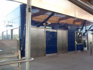 metro-nunawading-railway-station-melbourne-australia-2009-05