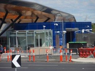 metro-nunawading-railway-station-melbourne-australia-2009-08