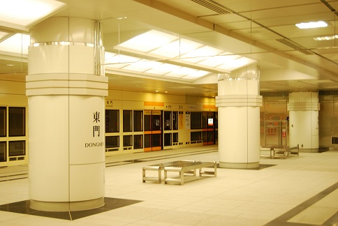 TECO VE Panel in Taipei MRT Dongmen Station | Area: 5,200m² | Completion: 2012