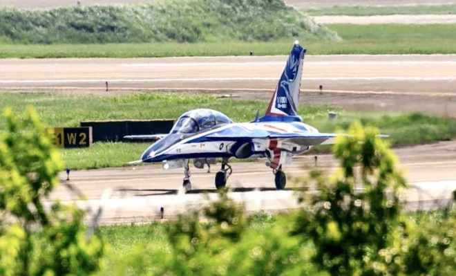Taiwan ROC advanced jet trainer Yong-ying