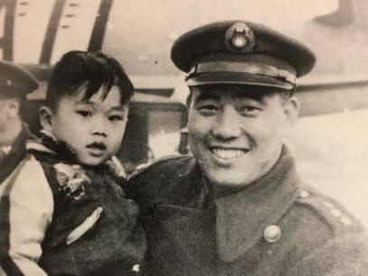 Hau Pei tsun Father and Son