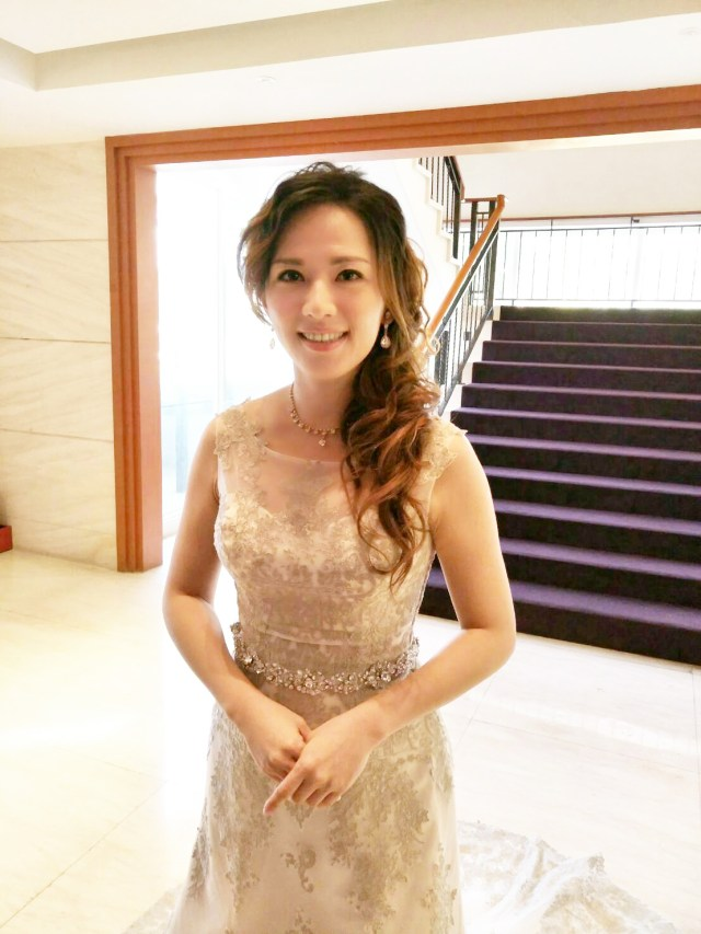 台北新娘秘書推薦,新秘千越,宴客晚禮服造型,新秘價格2019