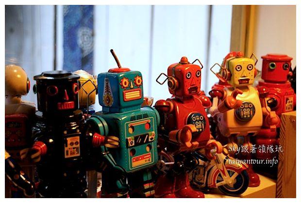 台中綠園道機器人主題餐廳鐵皮駛6