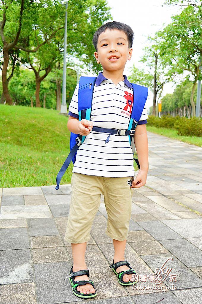 專為兒童設計輕量化、護脊書包【KAGS 】