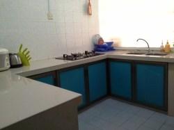 Tajas Homestay - Dapur dan kelengkapan.