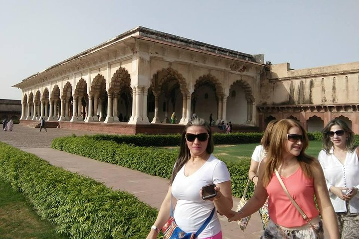 visitors in Agra Fort in Agra