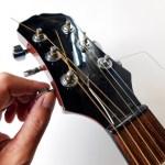 ギター、ダウンチューニング時の弦は?(ダウンするにつれ太い弦を張る)
