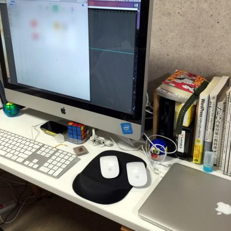 MacBook × iMac