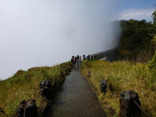 s-世界三大瀑布の1つビクトリアフォールズ(滝) (31)