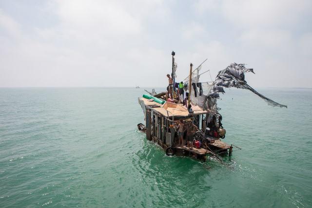 廃品船 (10)