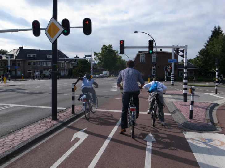 舛添知事はドイツを自転車旅した僕のブログを読んだのか?東京都内の自転車道整備で予算は約60億円だってさ! (5)